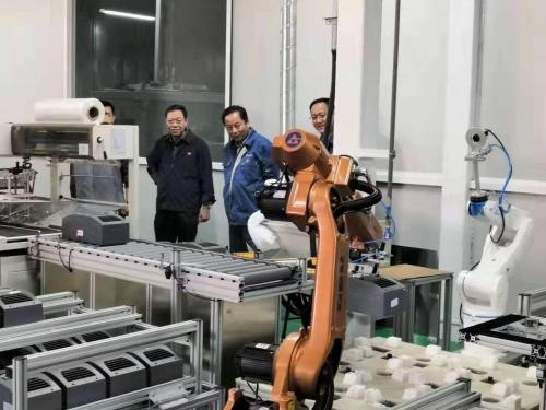 龙子平调研鑫瑞科技新产品线项目