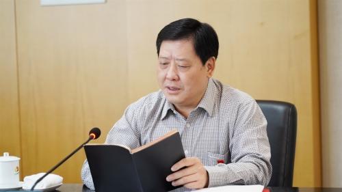 郑高清在公司中心组学习扩大会议上强调:切实加强党的政治建设,大力推进人才驱动战略